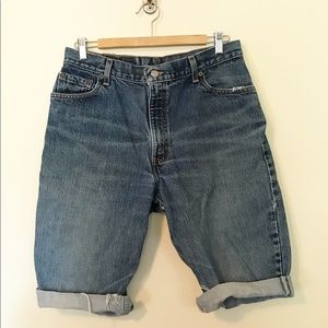 Levi's 550 Vintage High Rise Mom Jeans cutoffs 32